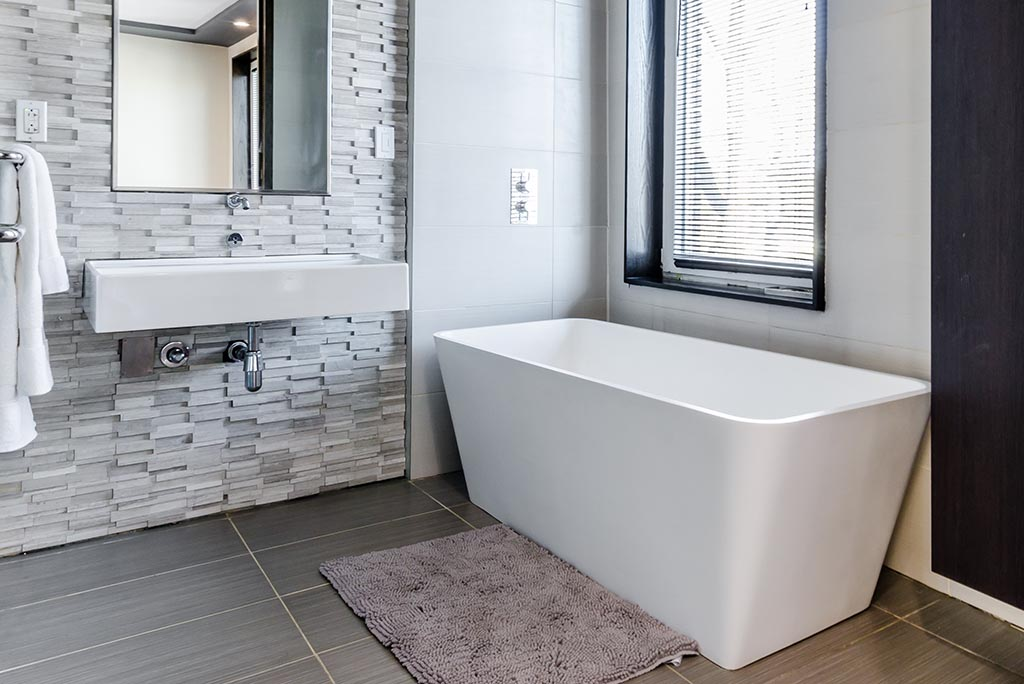 Bathroom Design - Freestanding tub